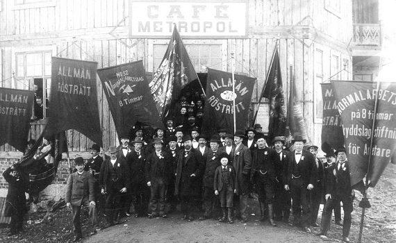 Grupp av demonstranter i Kiruna på första maj 1903.